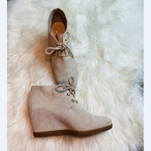 COLE HAAN GRAND WOMENS NUBUCK ANKLE BOOTS 7.5